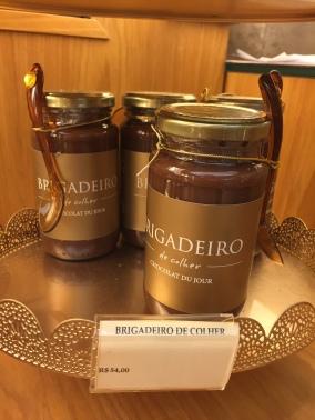 Brigadeiro feito com chocolate Pratagi